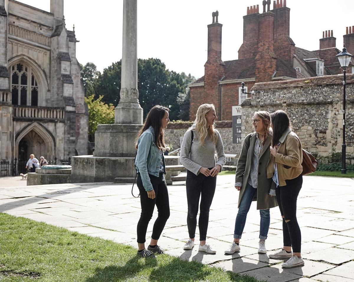 accommodation and winchester life university of winchester